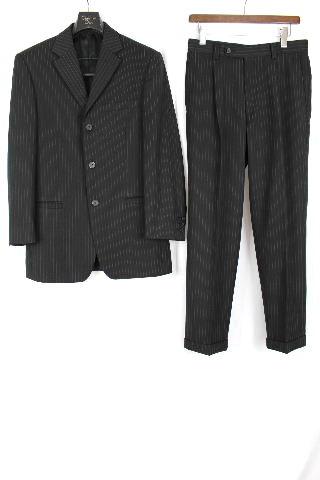 ヴェルサーチ [ VERSACE CLASSIC ] ストライプ 3ボタン スーツ 黒グレー系 SIZE[46] メンズ シングル ジャケット スラックスパンツ