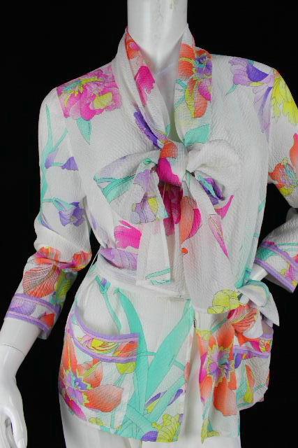 レオナール [ LEONARD ] リボン フラワー ブラウス ホワイト 白 SIZE[40] レディース トップス シャツ ジャケット 花柄