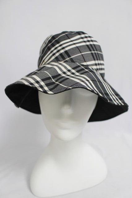 バーバリー [ BURBERRY ] リバーシブル コットン ハット 黒×チェック柄 レディース ホースマーク 帽子