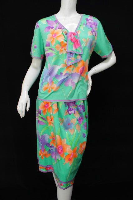 レオナール [ LEOMARD ] リボン フラワー セットアップ ワンピース グリーン レディース カットソー スカート 花柄
