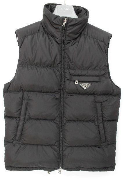 プラダ [ PRADA ] プレート ダウンベスト ブラック 黒 SIZE[46] メンズ トップス アウター ダウンジャケット ジレ