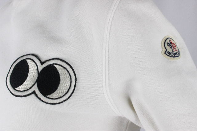 モンクレール [ MONCLER ] ビッグアイ ワッペン トレーナー ホワイト 白 長袖 SIZE[S] レディース トップス プルオーバー