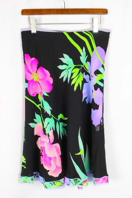 レオナール [ LEONARD ] フラワー フレアースカート ブラック 黒 SIZE[42] レディース ボトムス スカート 花柄