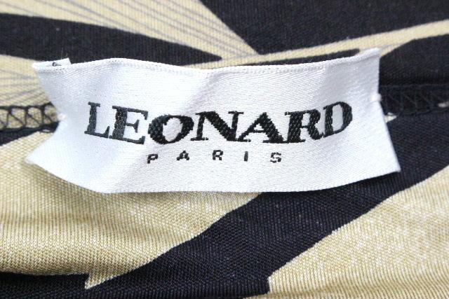 レオナール [ LEONARD ] フラワー フレアースカート ブラック 黒 SIZE[44] レディース ボトムス スカート 花柄