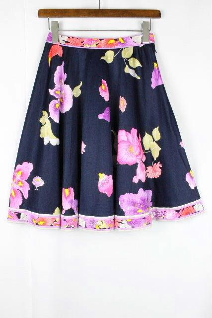 レオナール [ LEONARD ] フラワー フレアー スカート ネイビー 紺色 SIZE[63] レディース スカート ボトムス 花柄