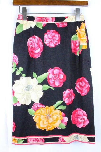 レオナール [ LEONARD ] バラ柄 フラワー フレアー スカート ブラック 黒 SIZE[64] レディース スカート ボトムス 花柄